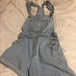 Levi's Jeans - Levi's Vintage Shortalls (M)